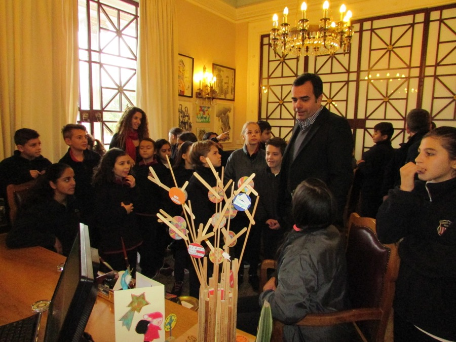 Primary Choir Singing Nicosia Mayer Dec 2016 (2)