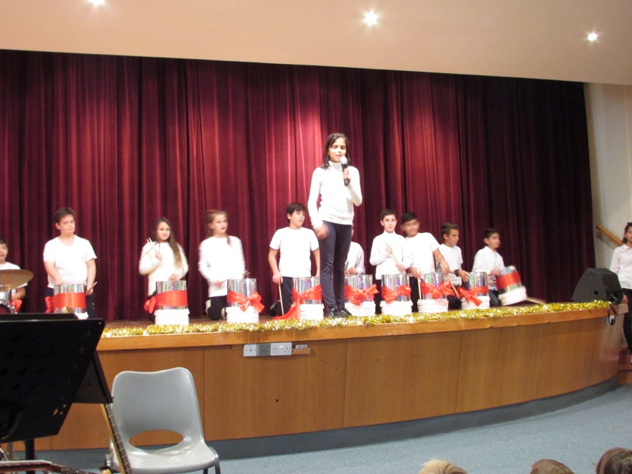 Primary Christmas Programme PTA Event December 2016  (34)