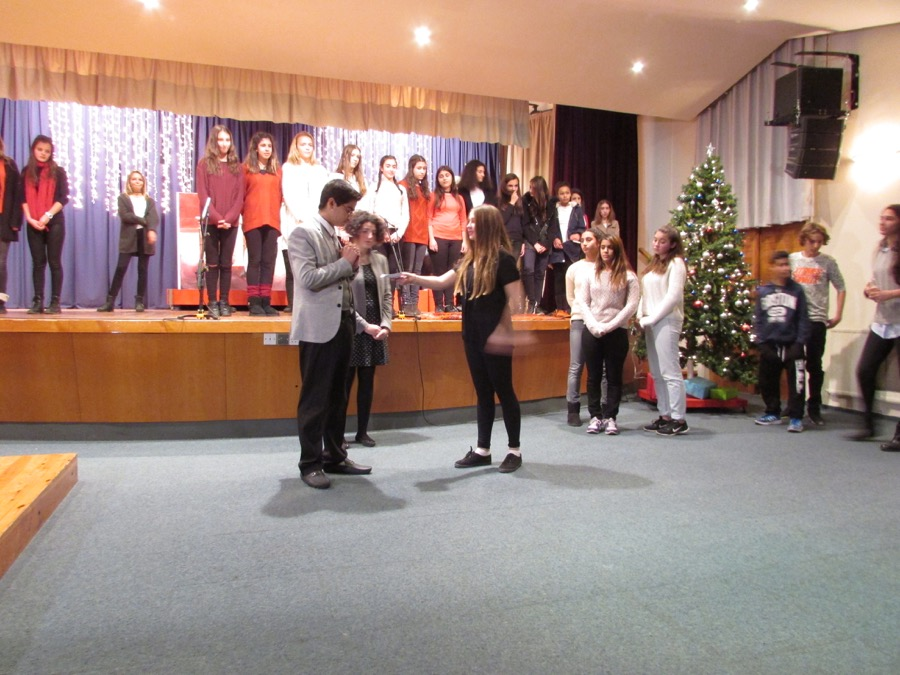Secondary Christmas Performance December 2016 (22)